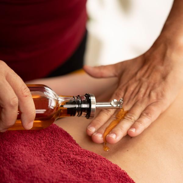 Ayurveda Behandlung & Massagen