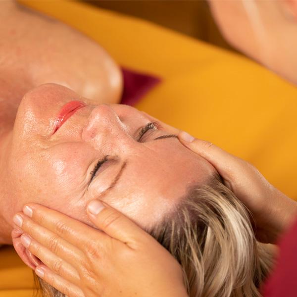 Mukabhyanga Ayurveda Massage