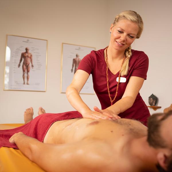 Udarabhyanga Ayurveda Massage